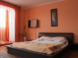 1-room flat, אוראל