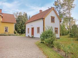 Holiday Home Vadstena with a Fireplace 04, Furåsa