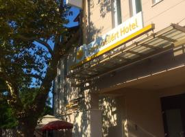 Szent Gellért Hotel, سيكيشْفيهيرفار