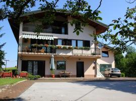 Apartments Strmac, Slunj