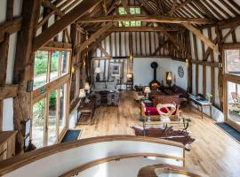 The Barn at Roundhurst, Haslemere