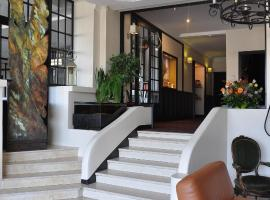 Hotel Bellevue, أمبُواز