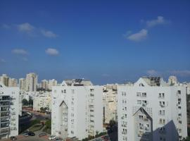 Ashdod Suites Private Bedrooms, أشدود