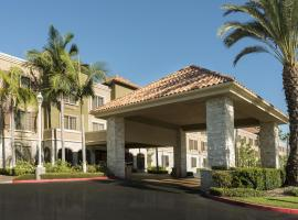 米申维耶霍艾瑞斯套房酒店, Mission Viejo