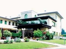 Hotel Corone, Caerano di San Marco