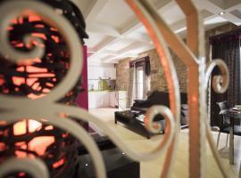 圆形喷泉旅游公寓, 乌贝达