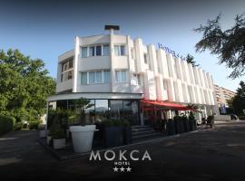Le Mokca, ميلا