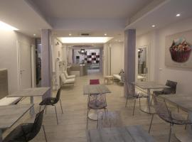 I 30 migliori hotel a varazze offerte per alberghi a for Due palme arredamenti