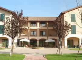 Hotel Conteverde, مونتيكيو إميليا