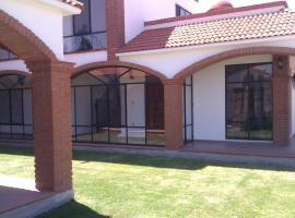 Mi Casa es Su Casa - Ex-Hacienda Yextho, Tecozautla