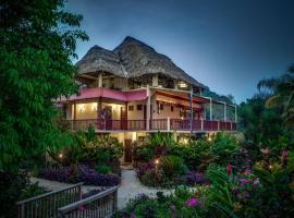 Sleeping Giant Rainforest Lodge, Good Living Camp
