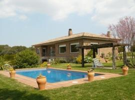Villa La Romaguera, Garrigolas