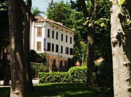 Albergo Villa Ombrosa, 圣安德烈巴尼