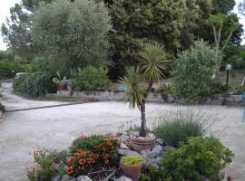 Acquamarina, Casa degli artisti, Ceglie Messapica