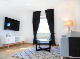 Easy Livin' Apartment Hotel, فاكخو