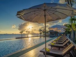Islanda Hideaway Resort, העיירה קראבי