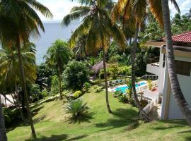 Entire Three Bedroom Beach House w Fishing Boats, Kayaks Included FREE, Santa Bárbara de Samaná