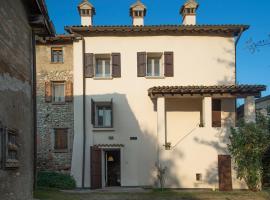 Il Borgo, Castelvetro di Modena