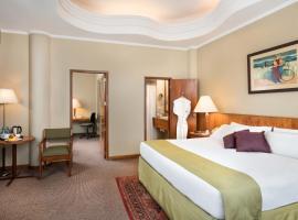 瓜亚基尔宫酒店
