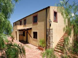 Casa Collesano 1, Lascari