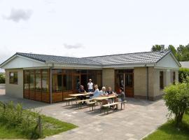 Holiday home Recreatiepark Klaverweide 1, Ellemeet