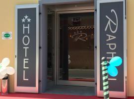 Hotel Raphael, 博尔迪盖拉