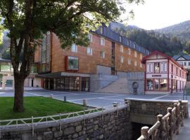 فندق كونتيننتال - بالنياريو دي بانتيكوسا