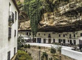La Casa Del Rio, 塞特尼尔