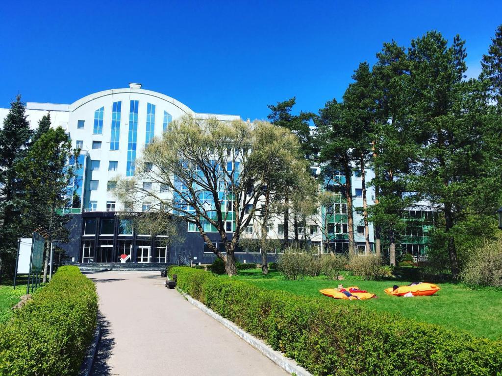 Курортный отель Аквамарин, Зеленогорск