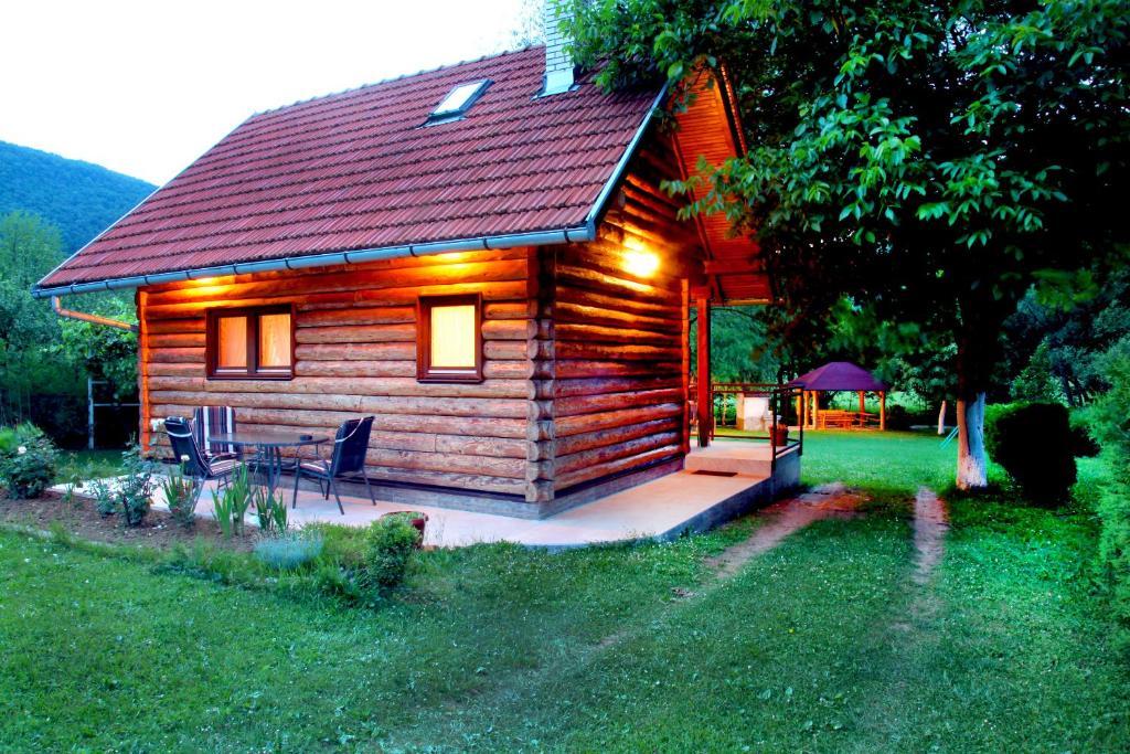 Vacation Home Eden Dobrenica, Бихач, Босния и Герцеговина