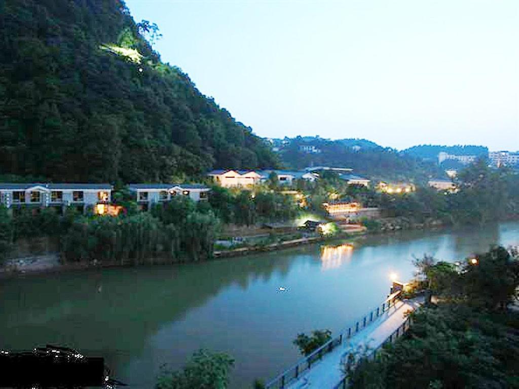 重庆威特卡丝东温泉大酒店
