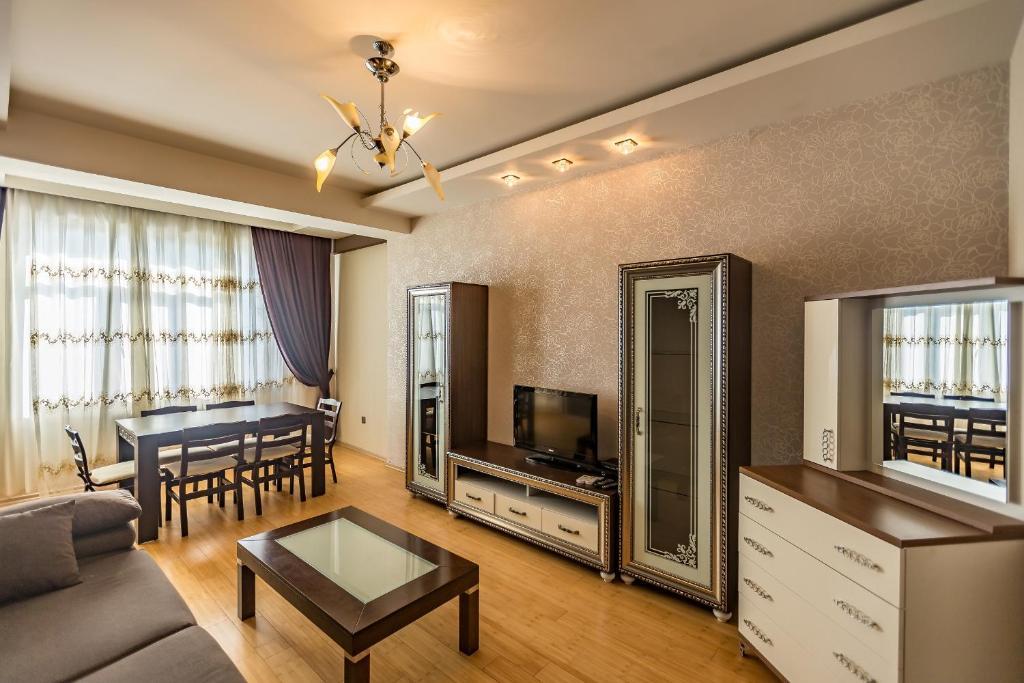 Отель Askar