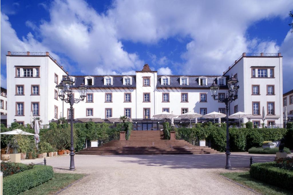 hotel schloss reinhartshausen deutschland eltville. Black Bedroom Furniture Sets. Home Design Ideas