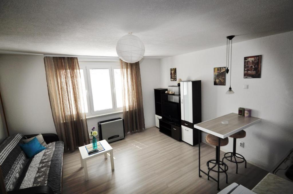 Studio Ella, Сараево, Босния и Герцеговина
