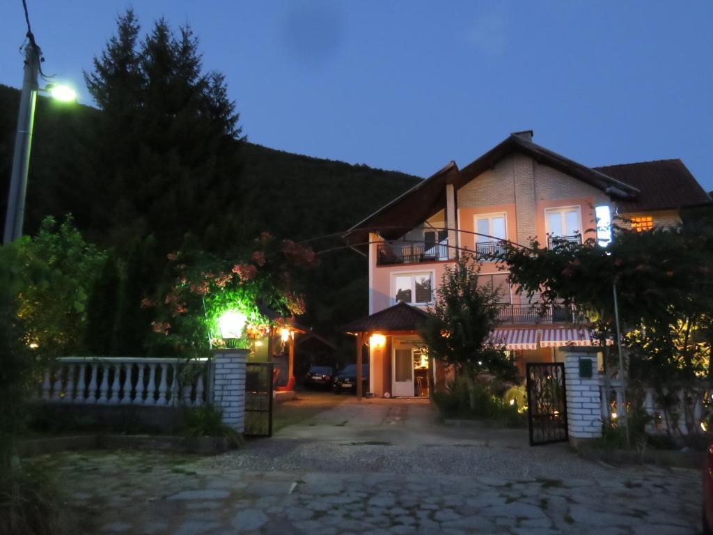 Villa Artemida, Кулен Вакуф, Босния и Герцеговина