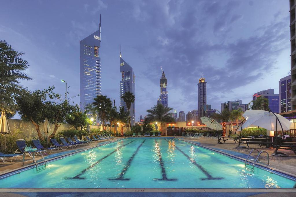 مركز دبي التجاري للشقق الفندقية الإمارات دبي Booking Com