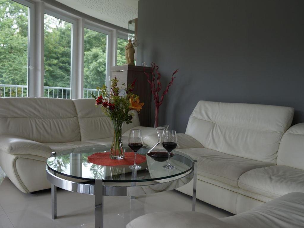 ferienwohnungen th ringer wald ferienwohnungen th ringer wald. Black Bedroom Furniture Sets. Home Design Ideas