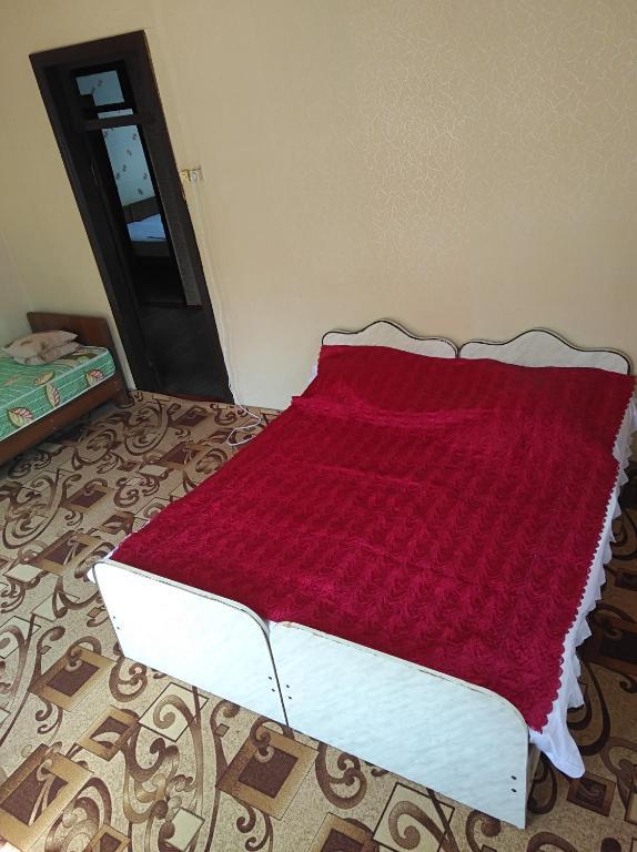 Гостевой дом У Вилии и Карини, Приморское, Абхазия