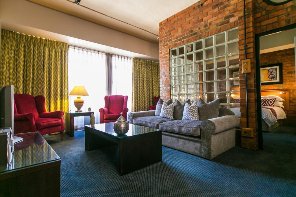 .... Cape Town Lodge Hotel 110019057.jpg