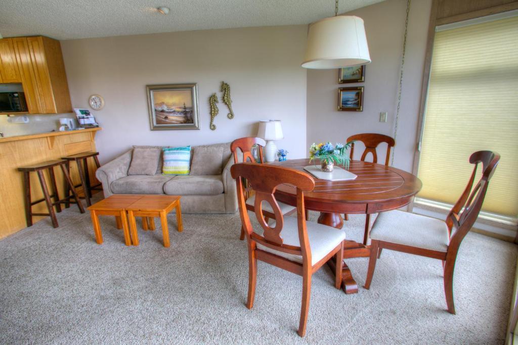 grey gull grey gull. Black Bedroom Furniture Sets. Home Design Ideas