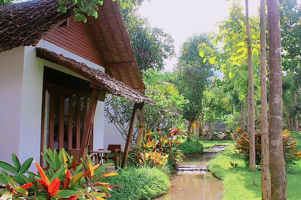 Отель Huen Muang Pai, Пай