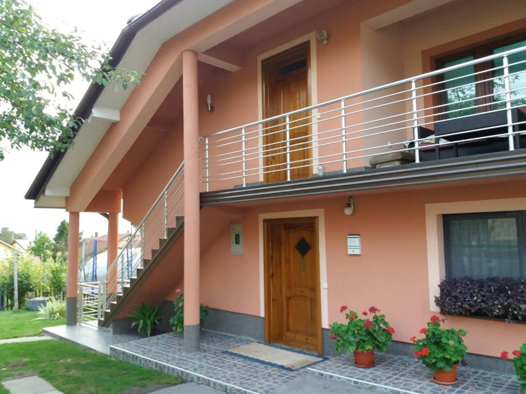 Guest House Ahmo Halilcevic, Дубрав-Горнье, Босния и Герцеговина