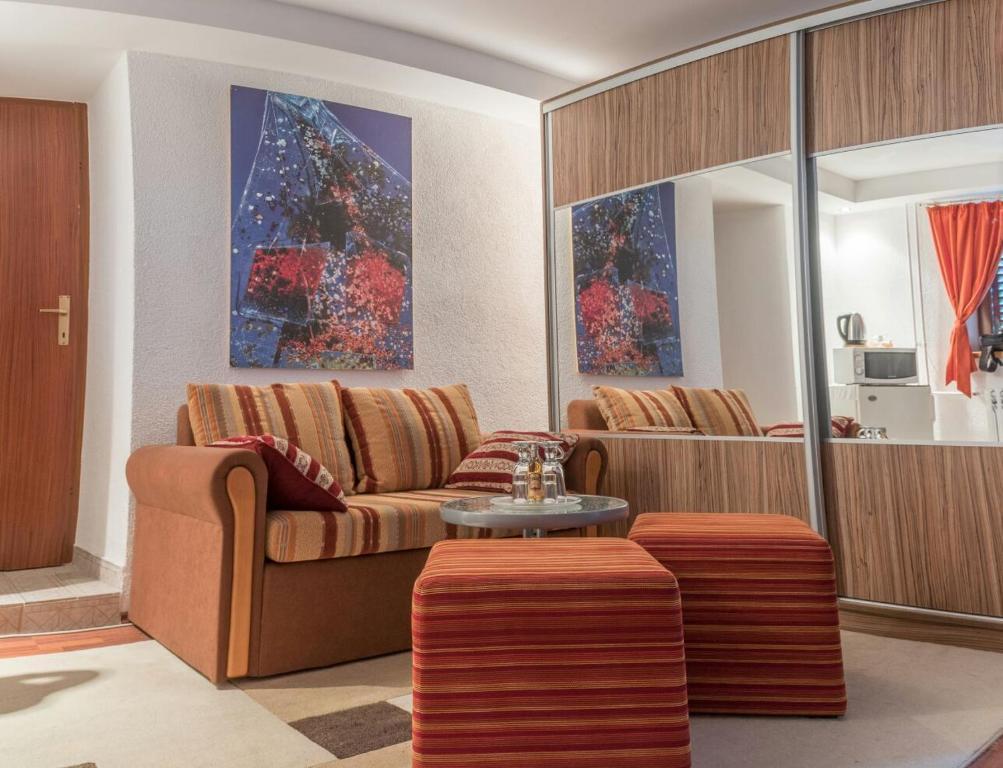 Suite Duman, Ливно, Босния и Герцеговина