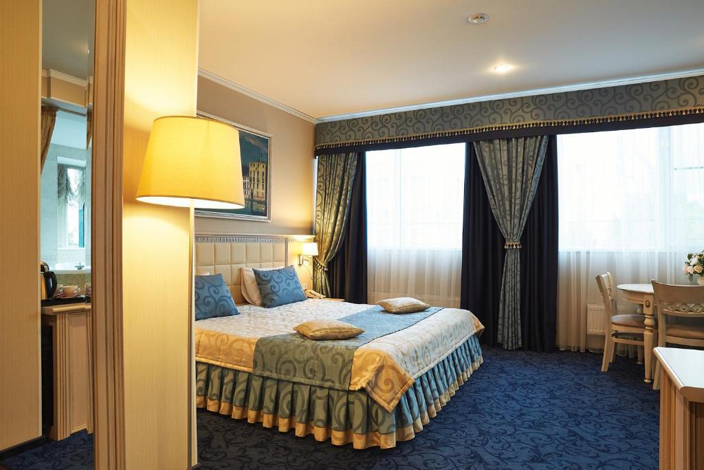 Отель Европа, Тула