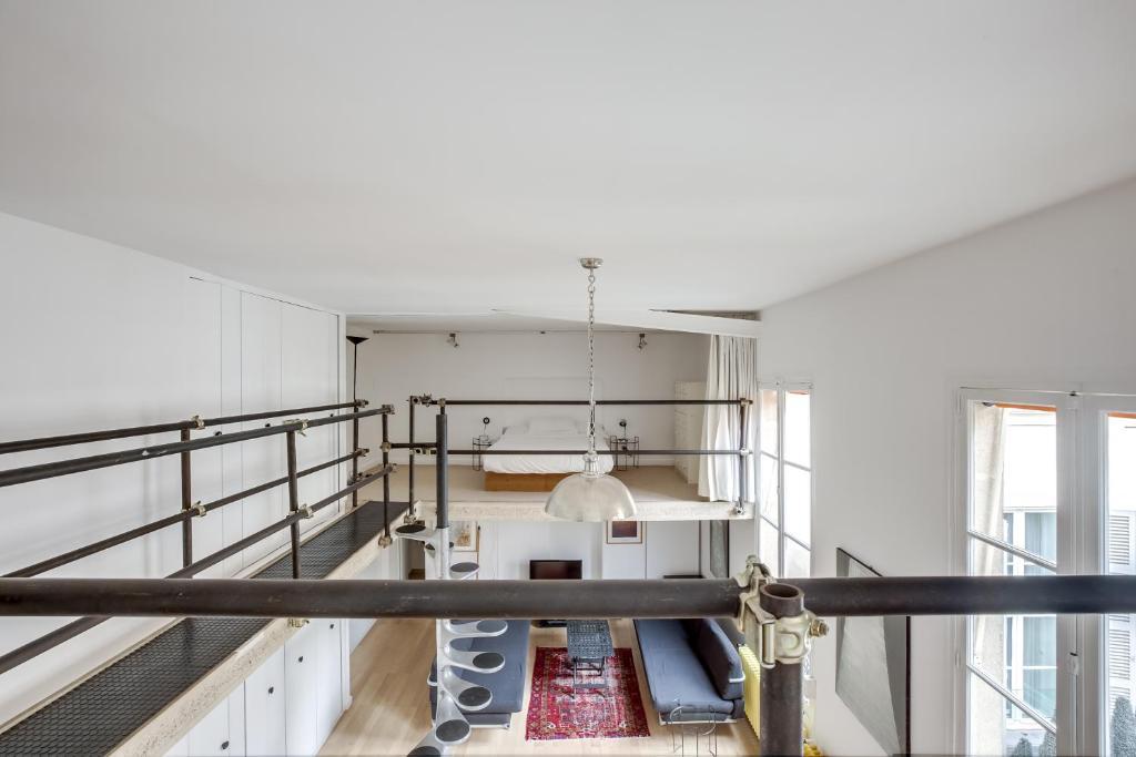 Paris 6th - Atypical Loft ID 38