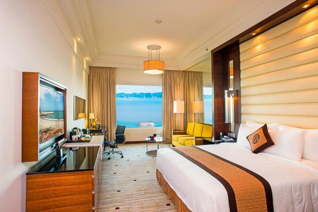 Halong bay hotels