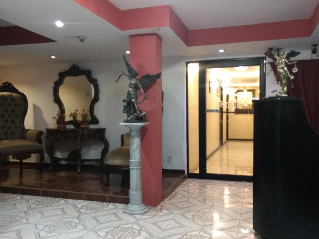 Отель Hotel Bicentenario, Тампико
