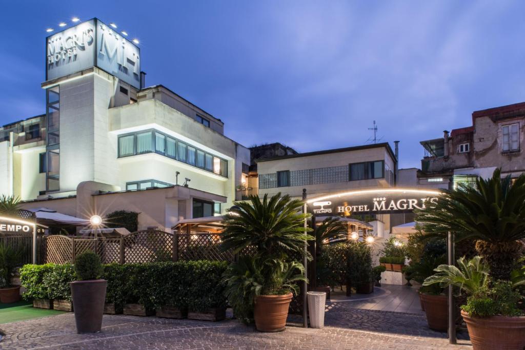 Magri's Hotel, Неаполь, Италия
