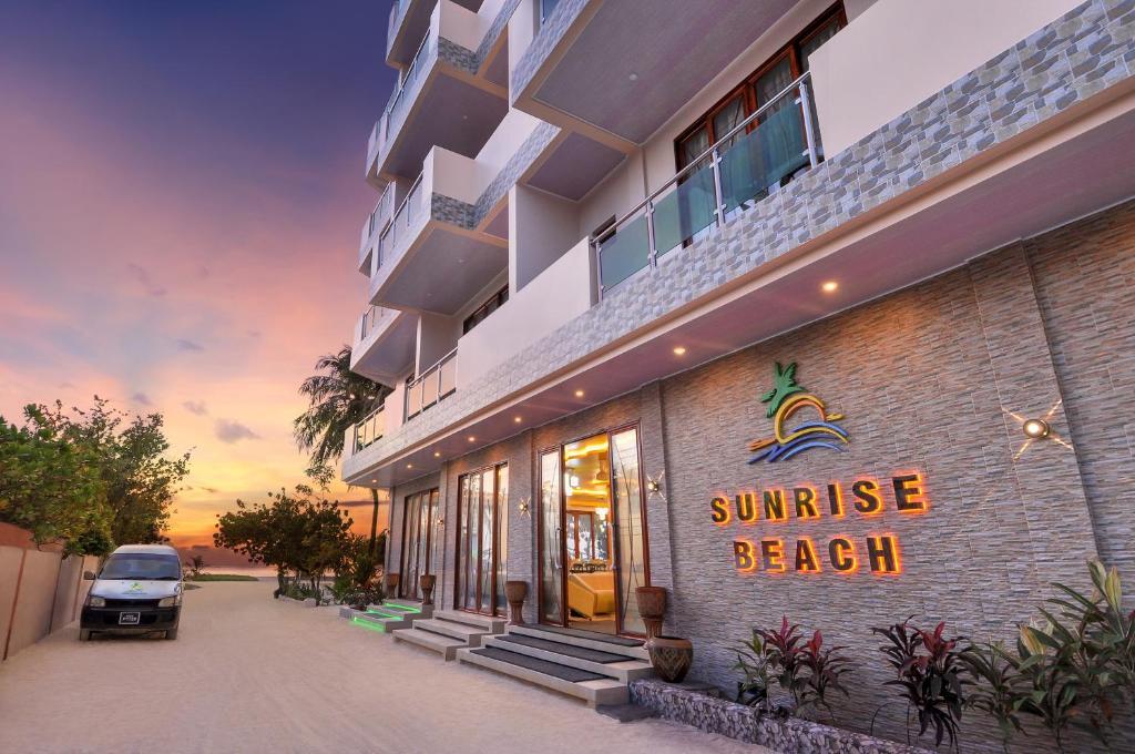 Sunrise Beach, Маафуши, Мальдивы