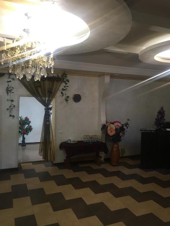Отель Версаль